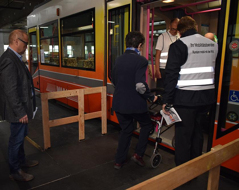 Sicherheitstrainings für Rollstuhl und Rollator
