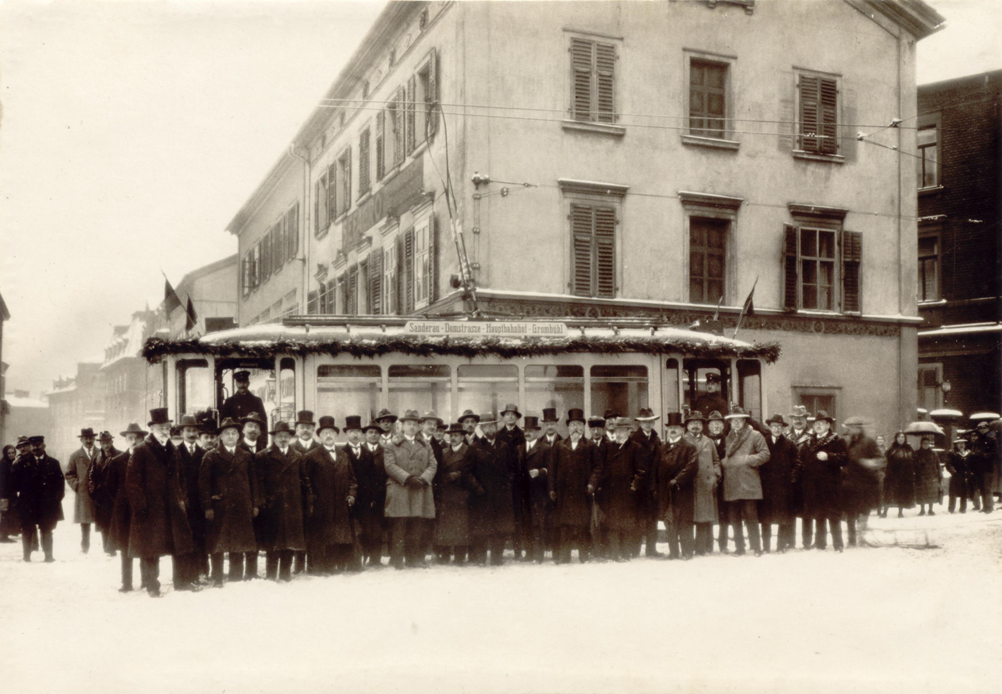 1926 Eröffnung Straba-Linie nach Grombühl
